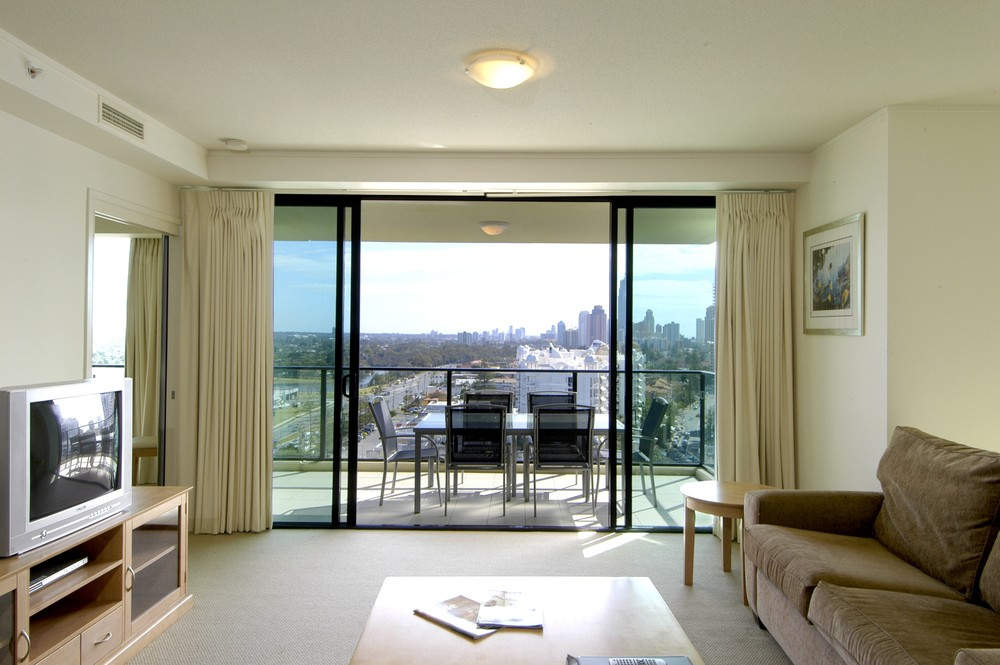2 Bedroom Apartments Melbourne With Balcony