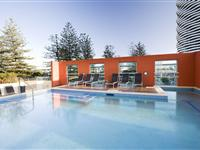 Swimming Pool - Mantra Broadbeach on the Park